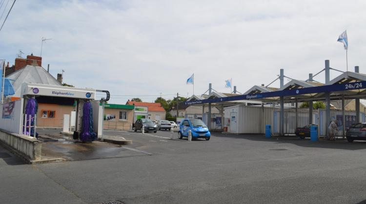 votre station de lavage auto chateauroux bryas el phant bleu. Black Bedroom Furniture Sets. Home Design Ideas