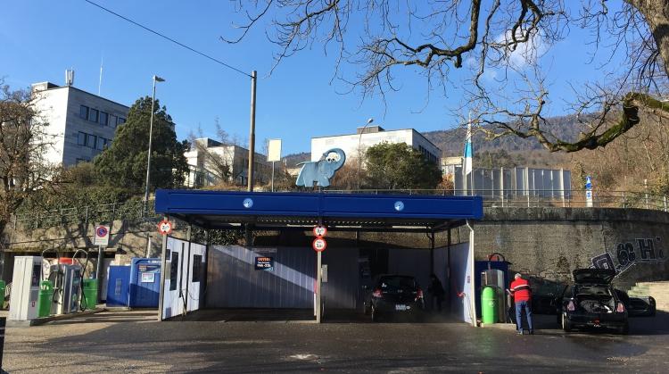 Centre de lavage Eléphant Bleu de NEUCHATEL