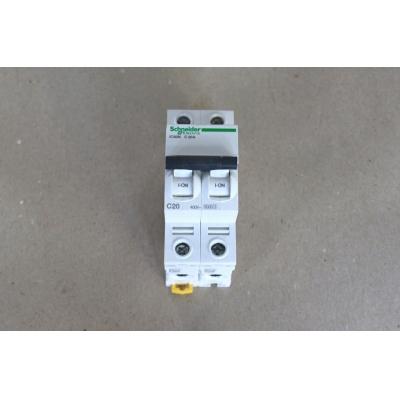 DISJONCTEUR 2P 20A iC60N INCOMPATIBLE AVEC GAMME C60